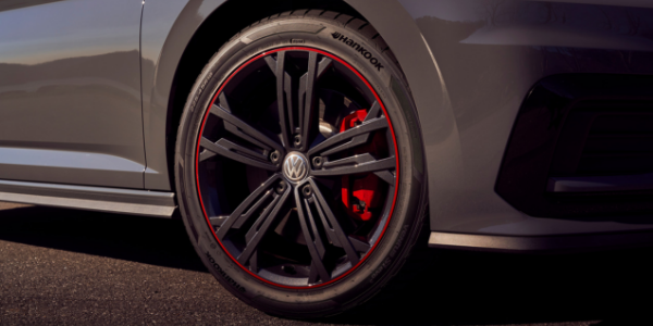 Closeup of wheel on 2019 Volkswagen Jetta GLI 35th Anniversary Edition