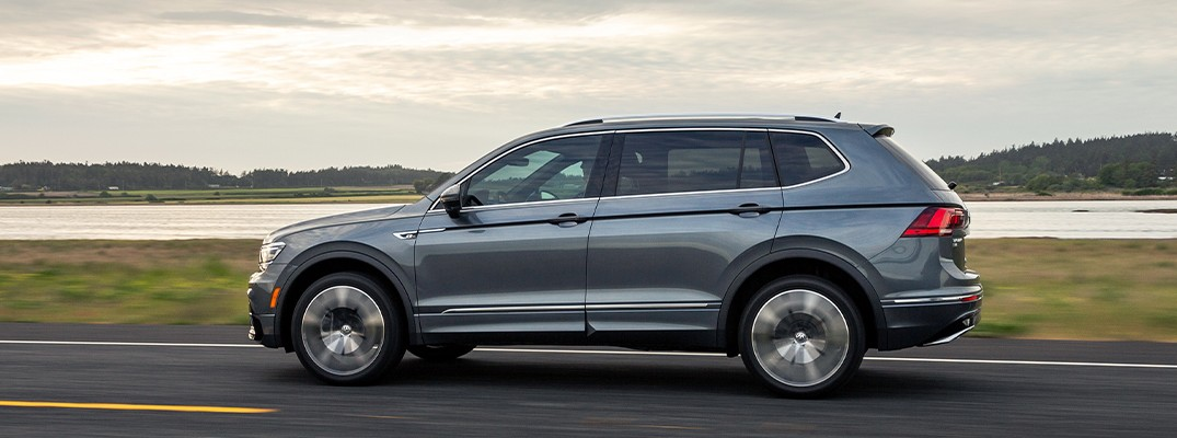 Side profile of the 2020 Volkswagen Tiguan