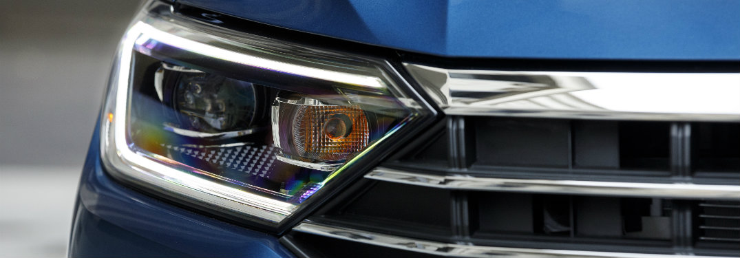 2019 Volkswagen Jetta headlight and part of the grille