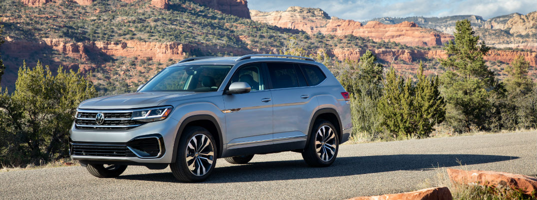A photo of the 2021 Volkswagen Atlas parked on the side of the road.