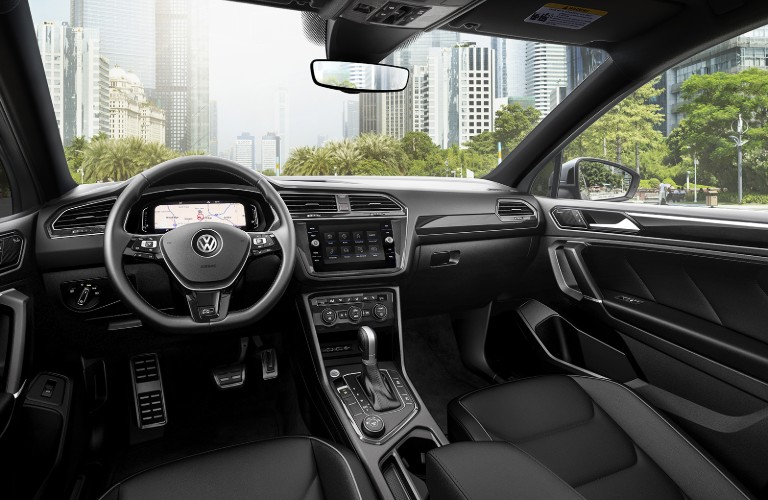 A photo of the front seats and dashboard in the 2020 VW Tiguan.