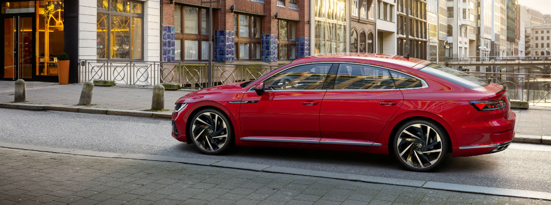 A left profile photo of the 2021 Volkswagen Arteon.