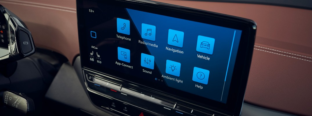 A photo of the touchscreen used by the 2021 Volkswagen ID.4.