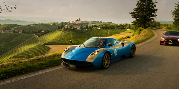 Exterior of the 2017 Pagani Huayra in Blue and Yellow