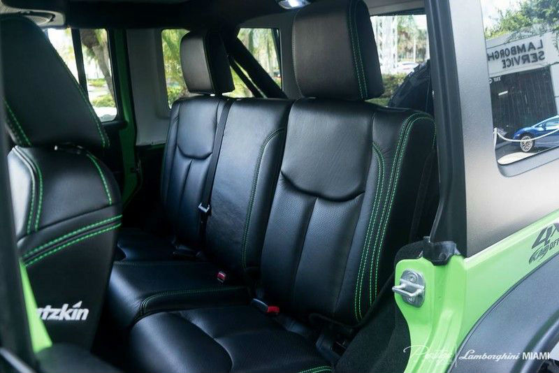 2014 Jeep Wrangler Unlimited SEMA Interior Rear Seat_d