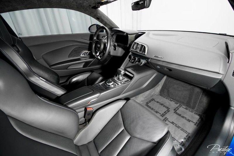 2017 Audi R8 Coupe V10 Plus Interior Cabin Dashboard