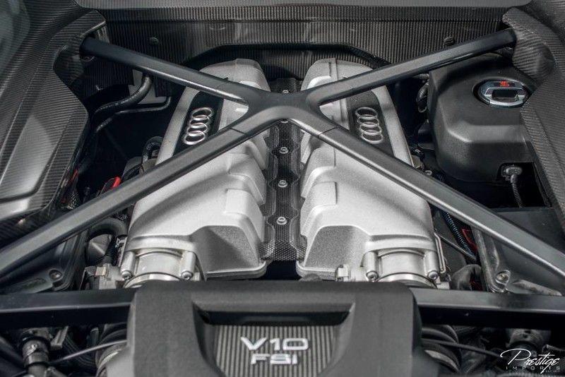 2017 Audi R8 Coupe V10 Plus Interior Engine Bay