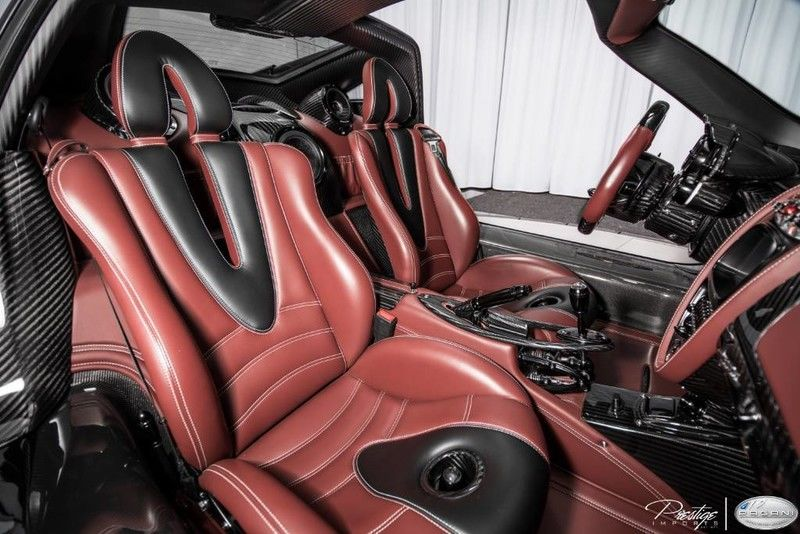 2016 Pagani Huayra Interior Cabin Seating