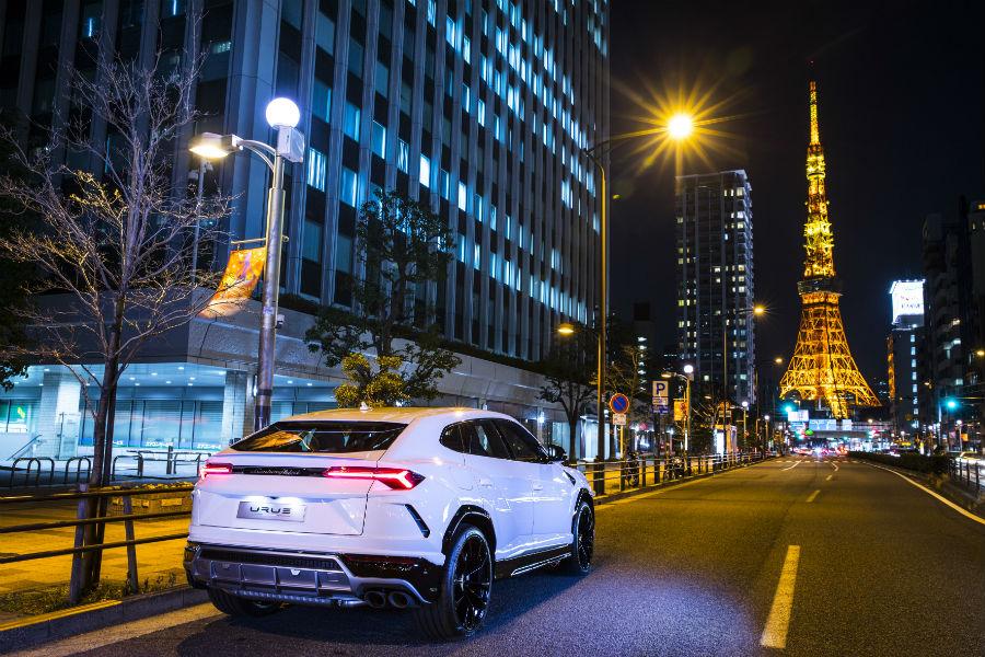 2018 Lamborghini Urus Exterior in Tokyo