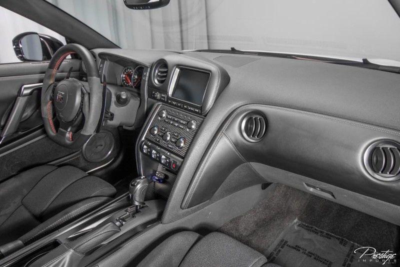 2013 Nissan GT-R Premium Interior Cabin Dashboard