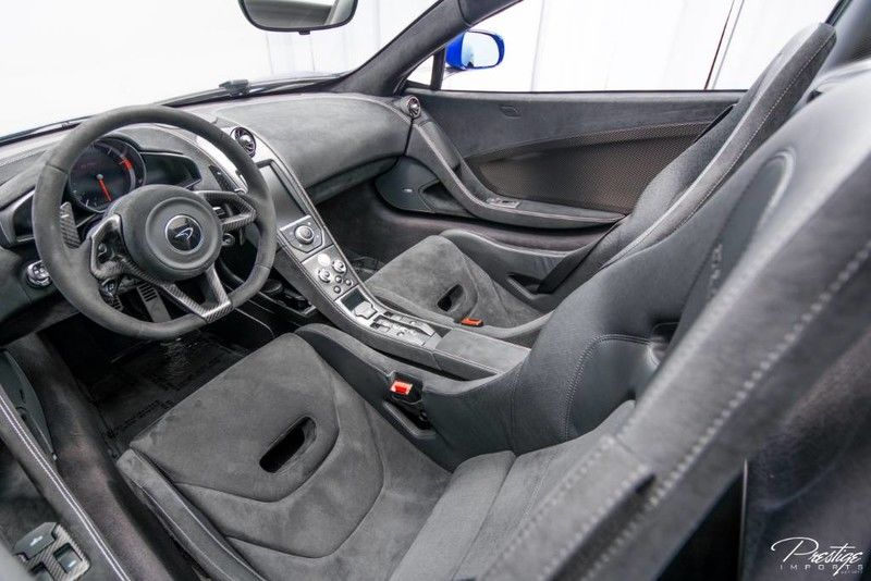 2016 McLaren 675LT Interior Cabin Dashboard
