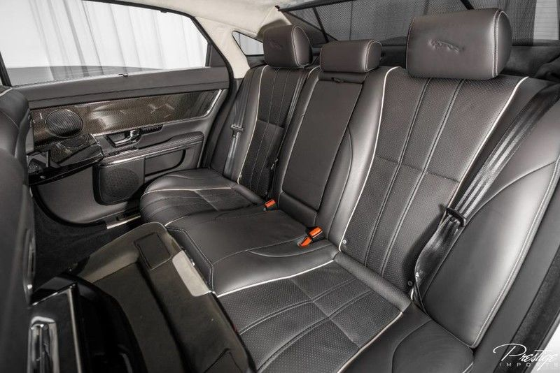 2011 Jaguar XJL Interior Cabin Rear Seating