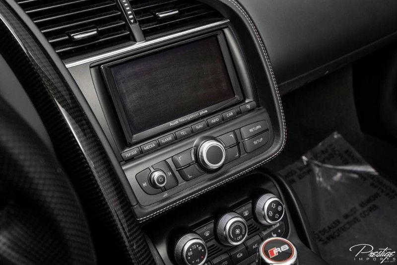 2014 Audi R8 V10 Spyder Interior Cabin Display Audio