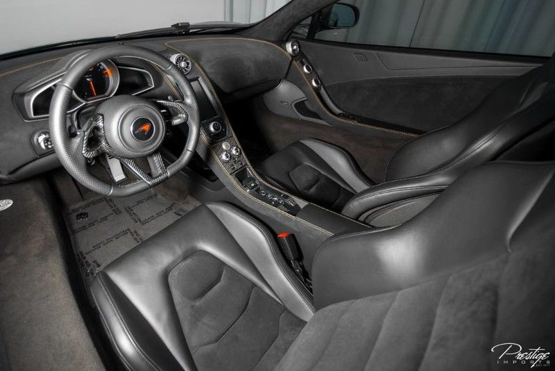 2012 McLaren MP4-12C Interior Cabin Dashboard