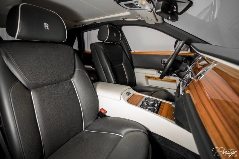 2015 Rolls-Royce Ghost Interior Cabin Front Seating