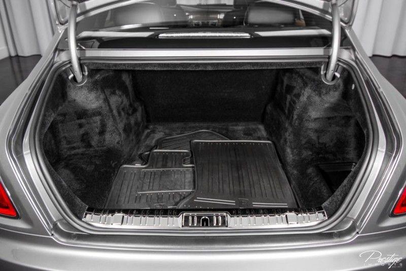 2015 Rolls-Royce Ghost Interior Trunk Space