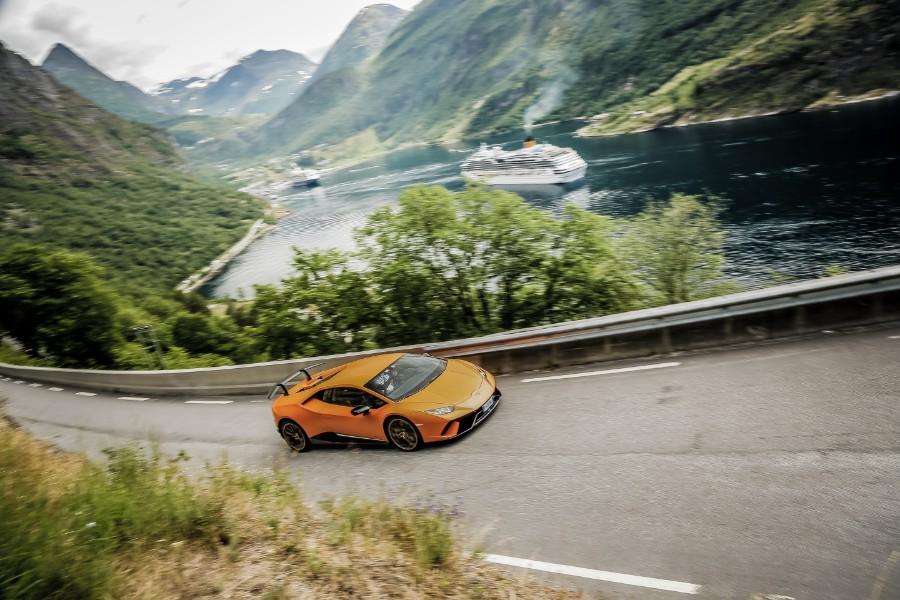 Lamborghini-Models-at-the-Avventura-2018-in-Norway-10