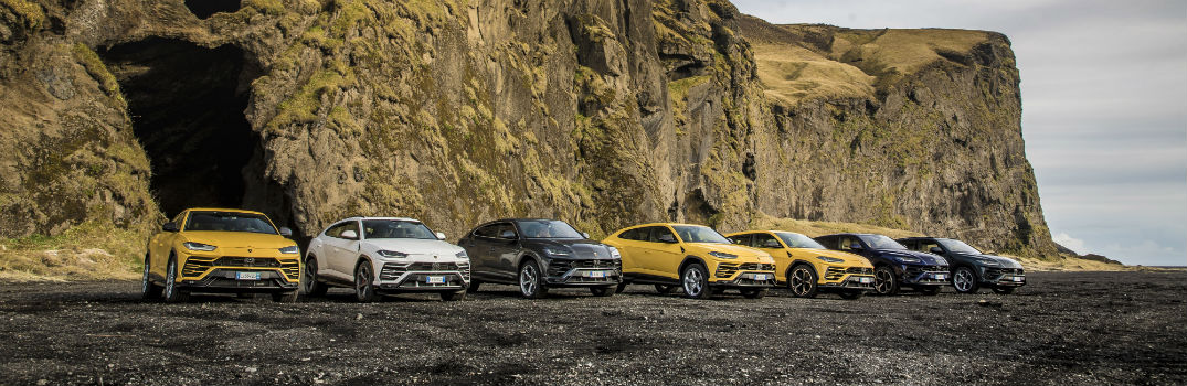 Pictures of the Lamborghini Urus in Iceland