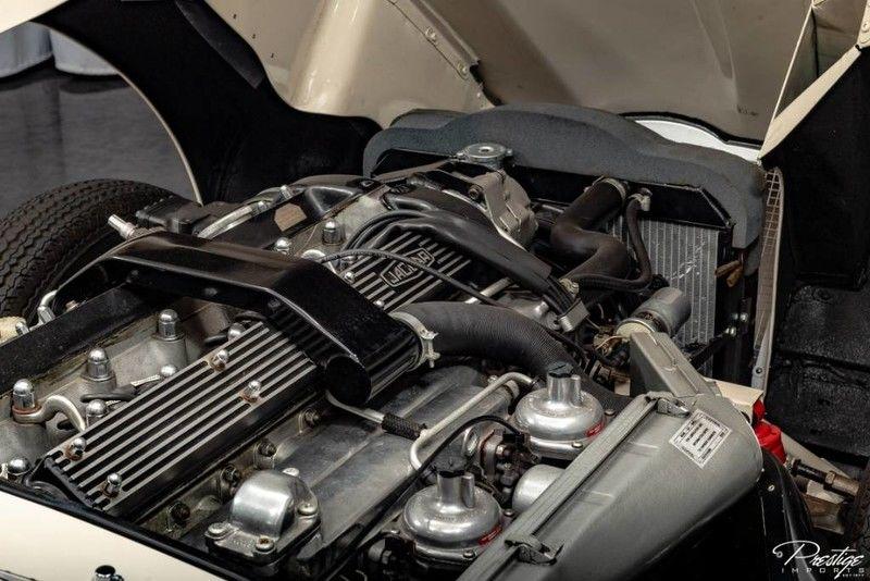 1970 Jaguar E-Type Interior Engine Bay