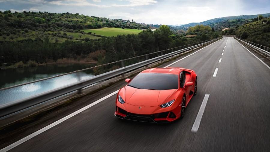 2020-Lamborghini-Huracan-EVO-Exterior-Driver-Side-Front-Angle