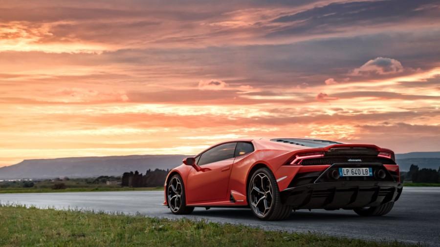 2020-Lamborghini-Huracan-EVO-Exterior-Driver-Side-Rear-Profile