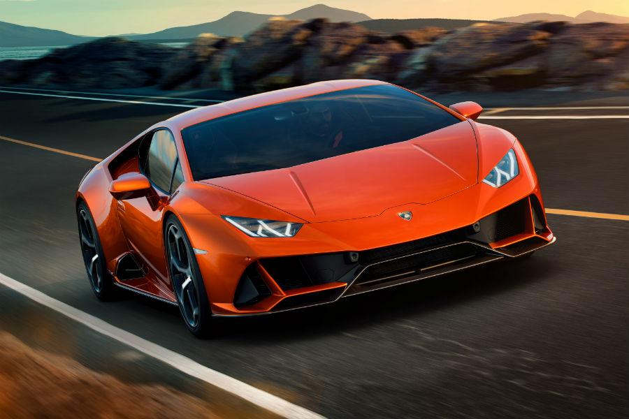 2020 Lamborghini Huracan EVO Exterior Passenger Side Front Angle