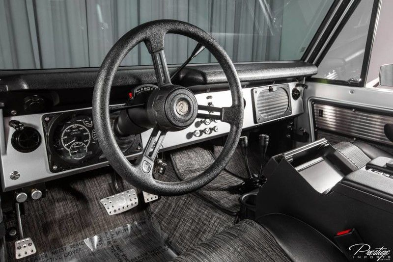 1977 Ford Bronco ICON BR Interior Cabin Dashboard