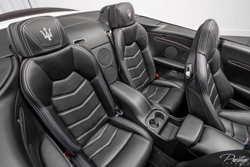 2013 Maserati GranTurismo Convertible Sport Interior Cabin Rear Seating