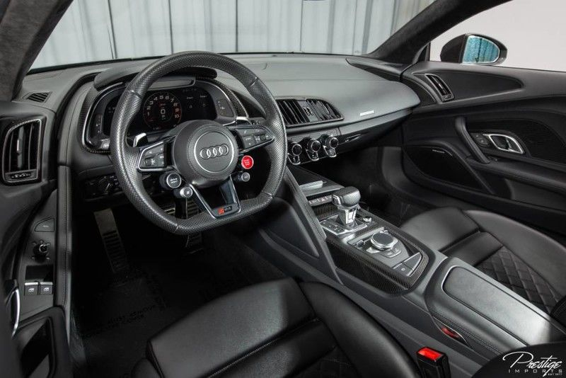 2017 Audi R8 Coupe V10 Plus For