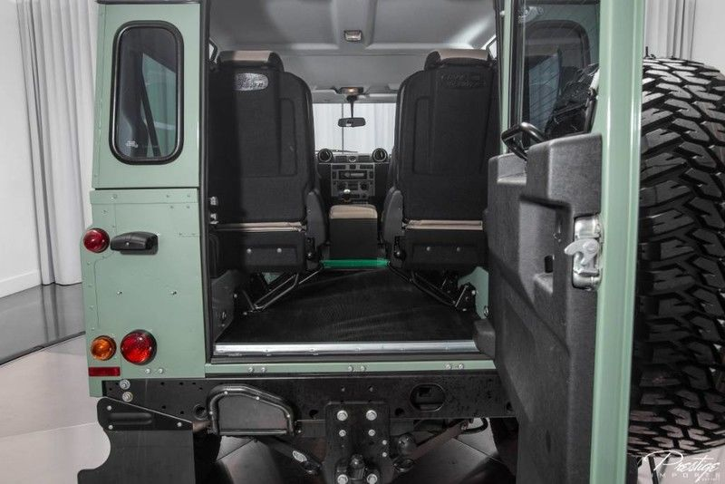 2015 Land Rover Defender Interior Cabin Cargo Area