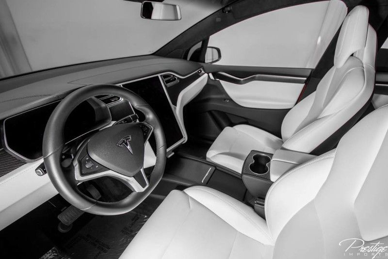 2017 Tesla Model X 75D Interior Cabin Dashboard