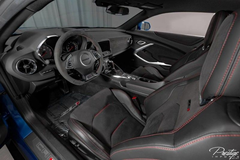 2018 Chevrolet Camaro ZL1 Interior Cabin Dashboard Front Seating