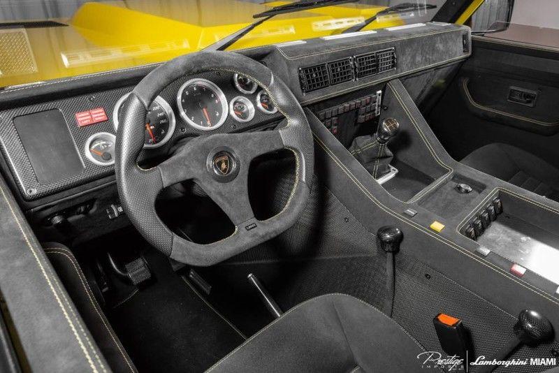 1992 Lamborghini LM002 Interior Cabin Dashboard