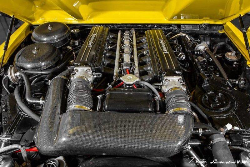 1992 Lamborghini LM002 Interior Engine Bay