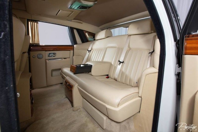 2009 Rolls-Royce Phantom Interior Cabin Rear Seating