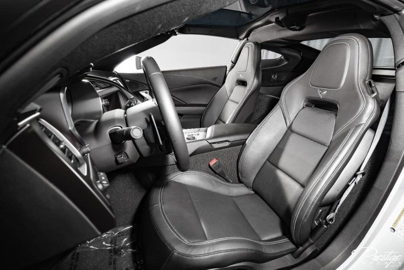 2019 Chevy Corvette 2LT Interior Cabin Front Seating