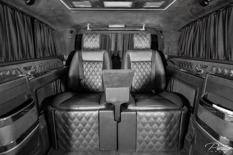 2018 Mercedes-Benz Metris Passenger Van Interior Cabin Rear Seats