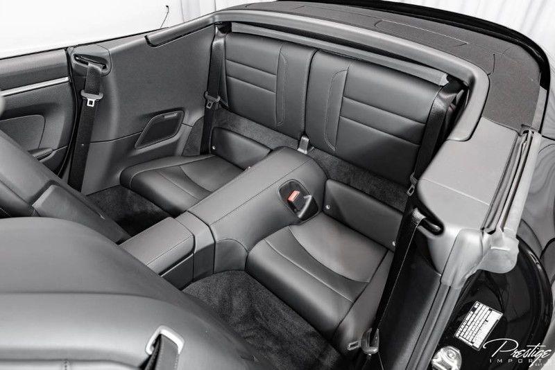 2020 Porsche 911 Carrera S Cabriolet Interior Cabin Rear Seating