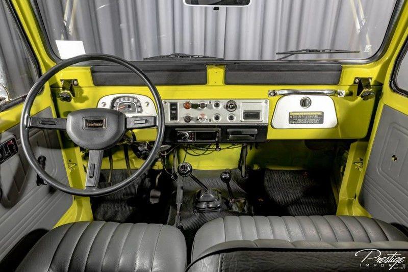 1983 Toyota Land Cruiser FJ40 Interior Cabin Dashboard