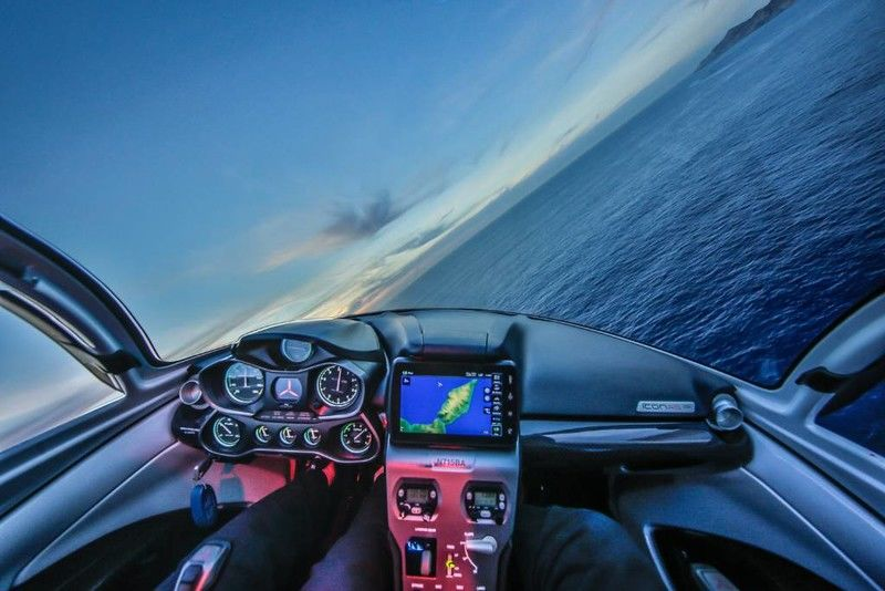 2019 ICON A5 Aircraft Interior Cockpit Dashboard