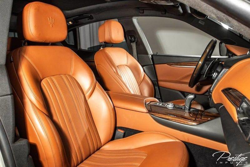 2017 Maserati Levante S Interior Cabin Front Seating