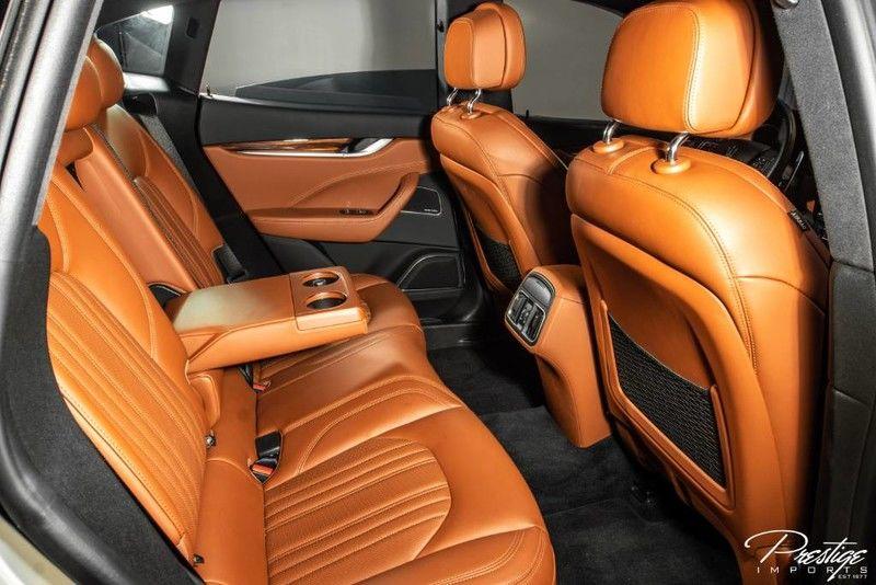 2017 Maserati Levante S Interior Cabin Rear Seating