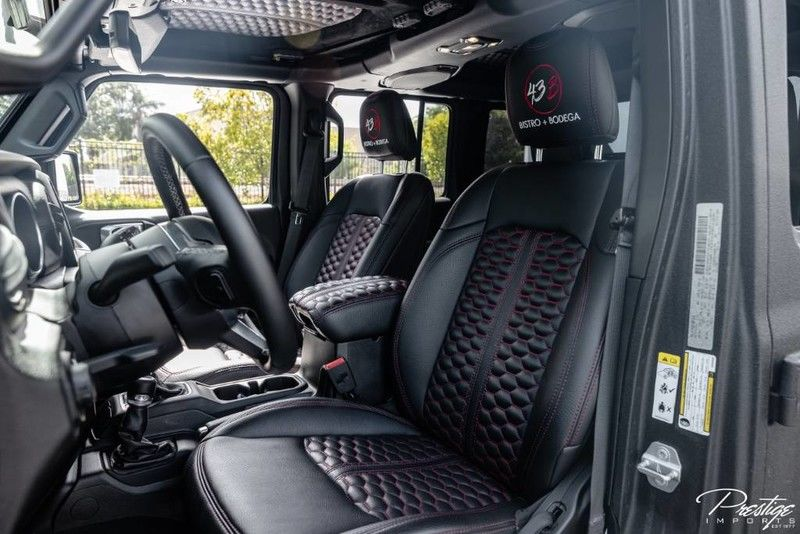 2019 Jeep Wrangler Unlimited Sahara Interior Cabin Front Seating