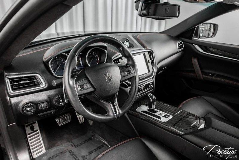 2016 Maserati Ghibli S Q4 Interior Cabin Dashboard