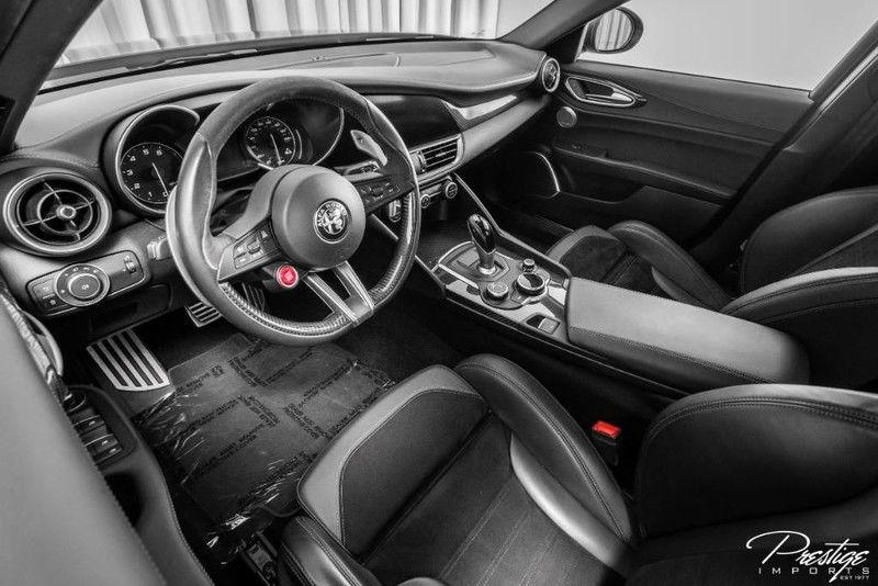 2018 Alfa Romeo Giulia Quadrifoglio Interior Cabin Dashboard