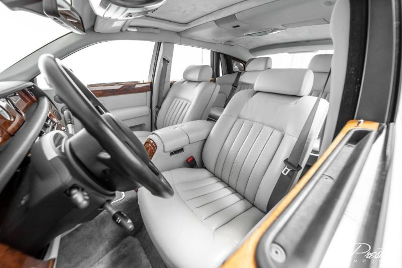 2005 Rolls-Royce Phantom Interior Cabin Front Seating