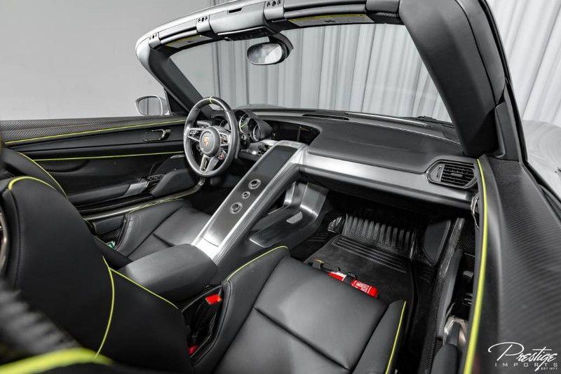 2015 Porsche 918 Spyder Interior Cabin Dashboard