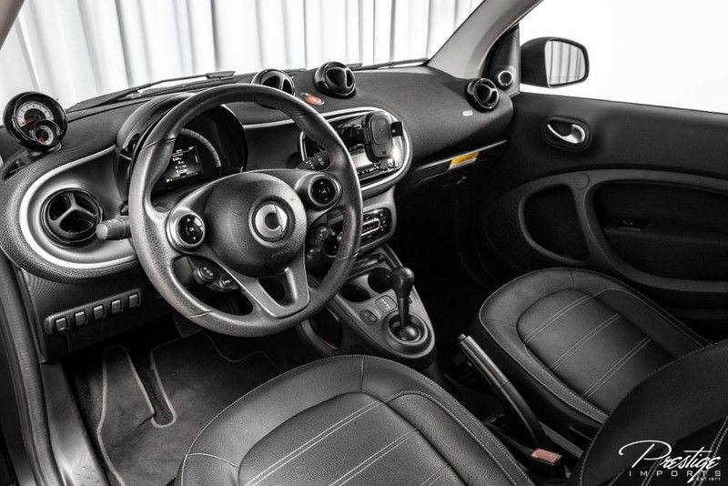 2016 smart fortwo Lorinser Interior Cabin Dashboard