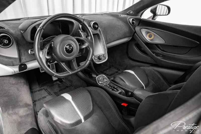 2017 McLaren 570GT Interior Cabin Dashboard