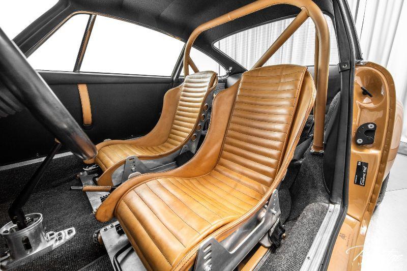 1972 Porsche 911 Nemesis Interior Cabin Seating